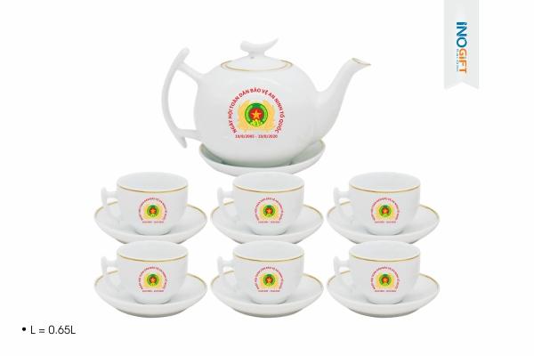 Bộ ấm trà gốm sứ in logo - Mẫu quà tặng 30/4