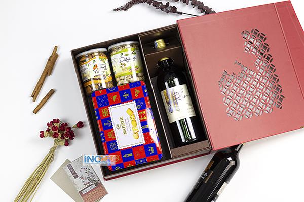 Nguồn hàng sỉ hộp quà tết doanh nghiệp, quà tặng tết khách hàng sang trọng chuyên nghiệp 2021